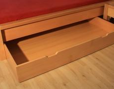 Úložný prostor pod postel