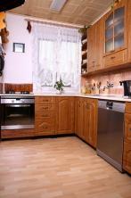 Kuchyň 12: Přírodní buk